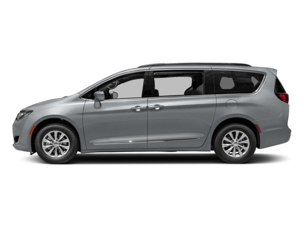 2018 Chrysler Pacifica in Union City, GA