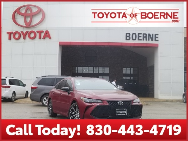 2020 Toyota Avalon in Boerne, TX