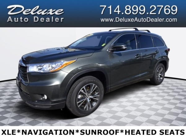 2016 Toyota Highlander in Midway City, CA