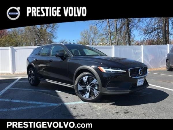 2020 Volvo V60 Cross Country in East Hanover, NJ