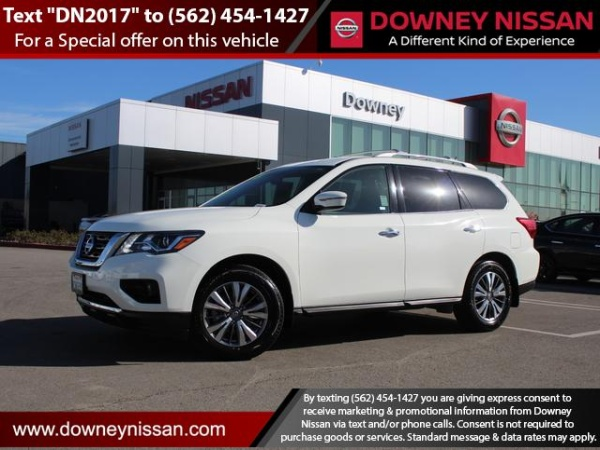 2018 Nissan Pathfinder in Downey, CA