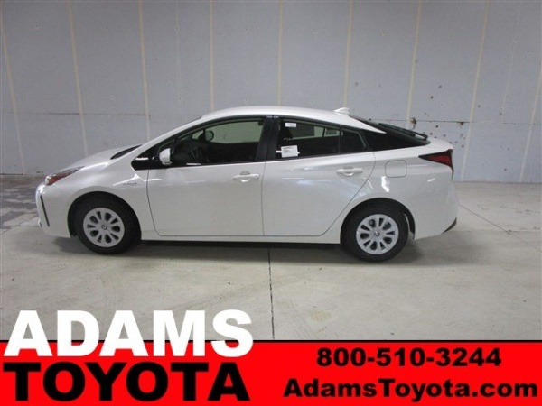 2019 Toyota Prius in Lee's Summit, MO