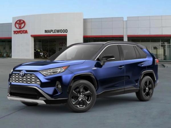 2020 Toyota RAV4 in Maplewood, MN