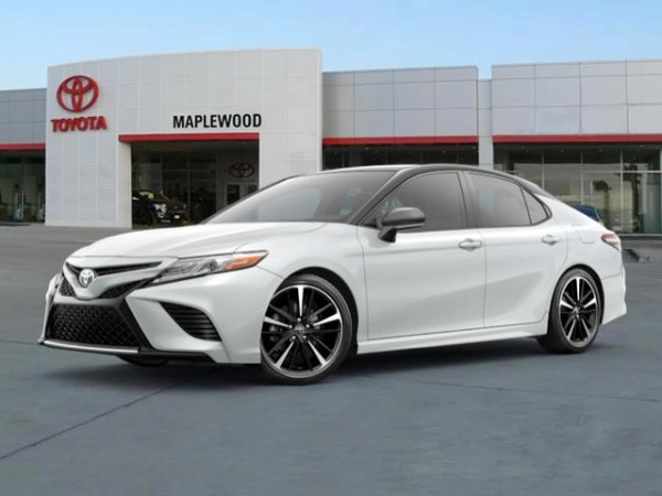 2020 Toyota Camry in Maplewood, MN