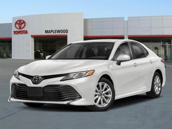 2019 Toyota Camry in Maplewood, MN