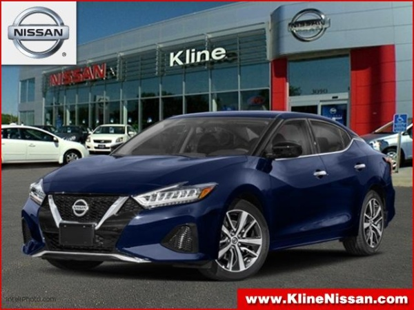 2019 Nissan Maxima in Maplewood, MN