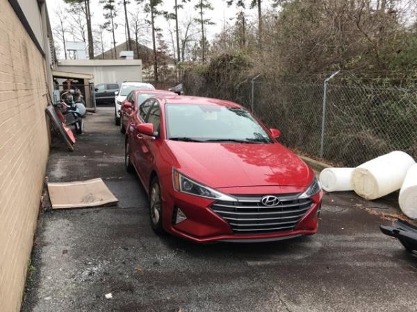 2019 Hyundai Elantra in Riverdale, GA