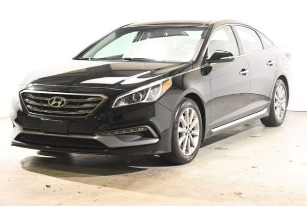 2016 Hyundai Sonata in Branford, CT
