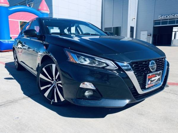 2020 Nissan Altima in Greenville, TX