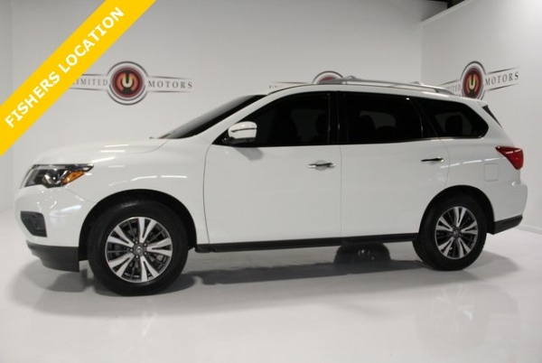 2017 Nissan Pathfinder in Indianapolis, IN