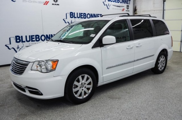 2016 Chrysler Town and Country Touring