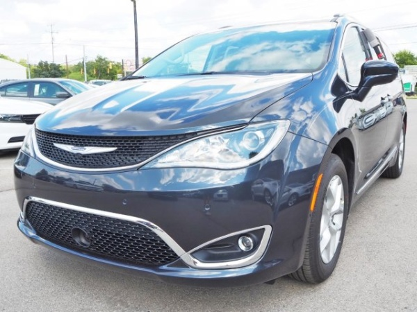 2020 Chrysler Pacifica in New Braunfels, TX