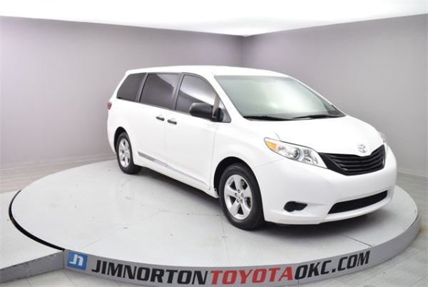 2016 Toyota Sienna in Oklahoma City, OK