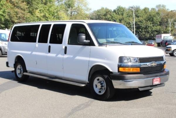 2016 Chevrolet Express Passenger in Landover, MD