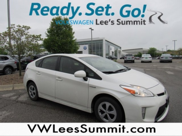 2013 Toyota Prius in Lee's Summit, MO