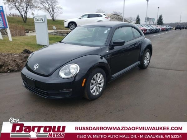 2016 Volkswagen Beetle in Milwaukee, WI