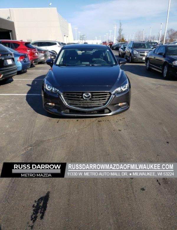 2017 Mazda Mazda3 in Milwaukee, WI