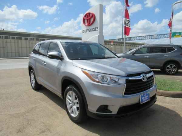 2016 Toyota Highlander in Houston, TX