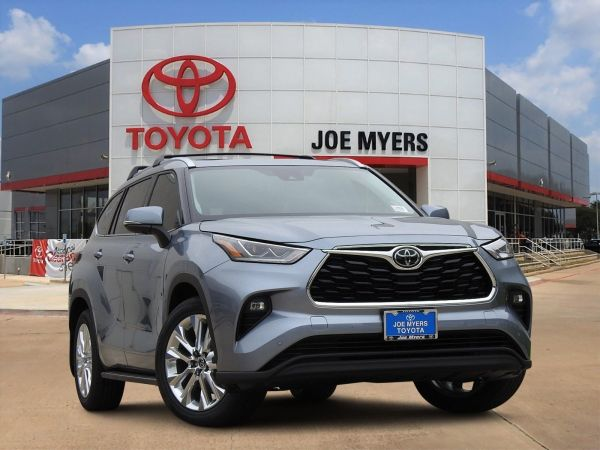 2020 Toyota Highlander in Houston, TX
