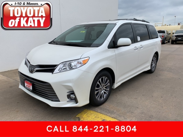 2020 Toyota Sienna in Katy, TX