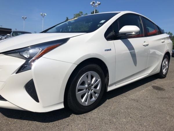 2016 Toyota Prius in Burien, WA