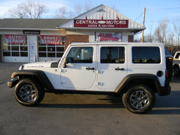 2015 Jeep Wrangler in Southborough, MA