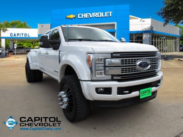 2017 Ford Super Duty F-450 Platinum Crew Cab 8' Bed 4WD DRW