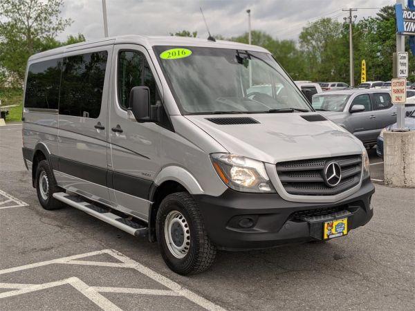 2016 Mercedes-Benz Sprinter Crew Vans