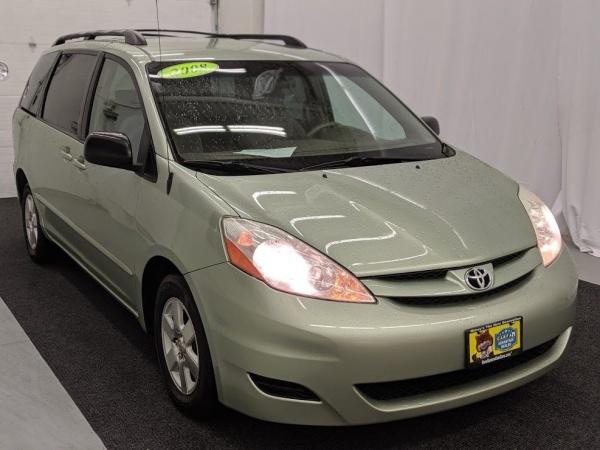 2008 Toyota Sienna in Utica, NY