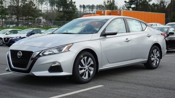 2020 Nissan Altima in Union City, GA
