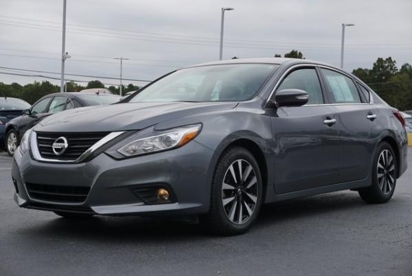 2018 Nissan Altima in Union City, GA