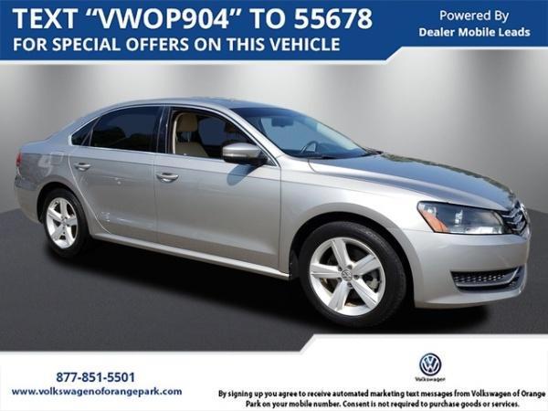 2013 Volkswagen Passat in Jacksonville, FL