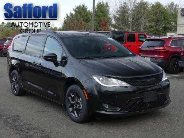2020 Chrysler Pacifica in Warrenton, VA
