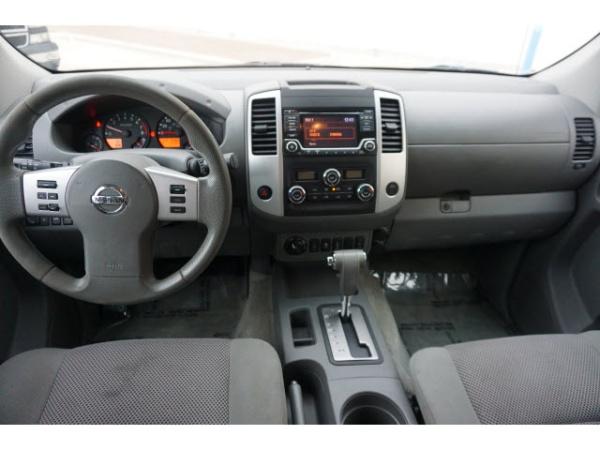 2015 Nissan Frontier SL