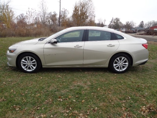 2016 Chevrolet Malibu in Rushville, IN