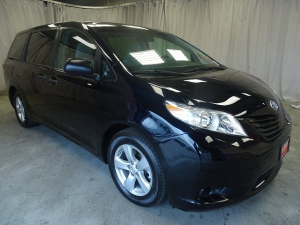 detail awd miles owner toyota hwy off le used sienna lease