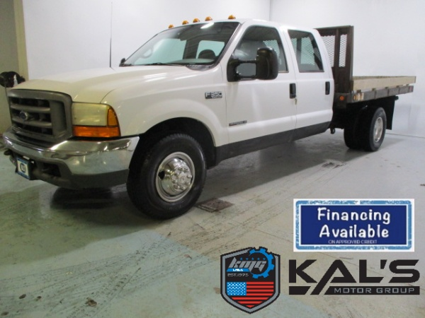 2000 Ford Super Duty F-350 Chassis Cab in Wadena, MN