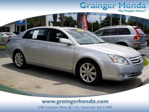 2005 Toyota Avalon In Garden City, GA