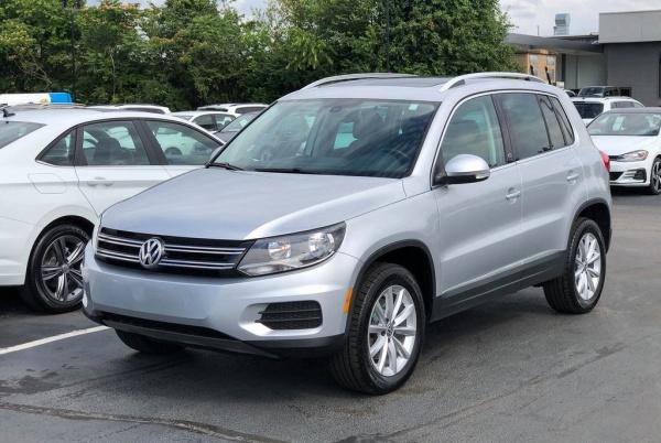 2017 Volkswagen Tiguan in Knoxville, TN