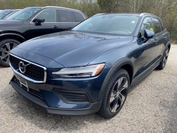 2020 Volvo V60 Cross Country in Natick, MA