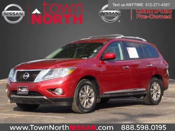 2016 Nissan Pathfinder in Austin, TX