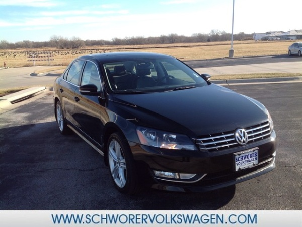 2013 Volkswagen Passat in Lincoln, NE