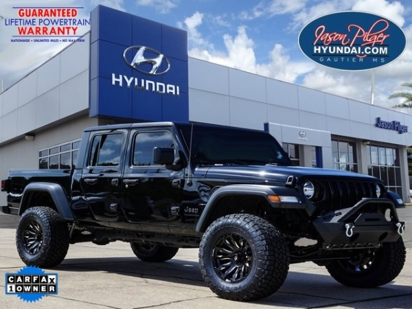 2020 Jeep Gladiator in Gautier, MS