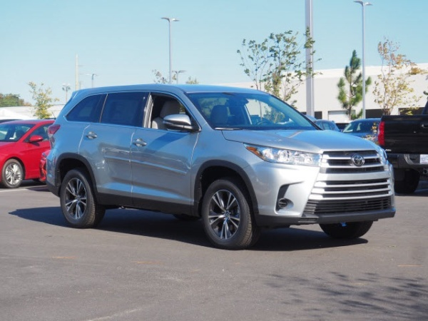 2019 Toyota Highlander in Southern Pines, NC