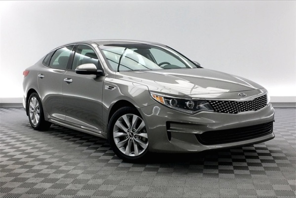 2016 Kia Optima in Savannah, GA