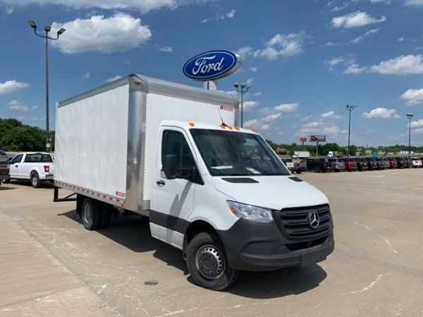 2019 Mercedes-Benz Sprinter Chassis Cabs in Harrisonville, MO