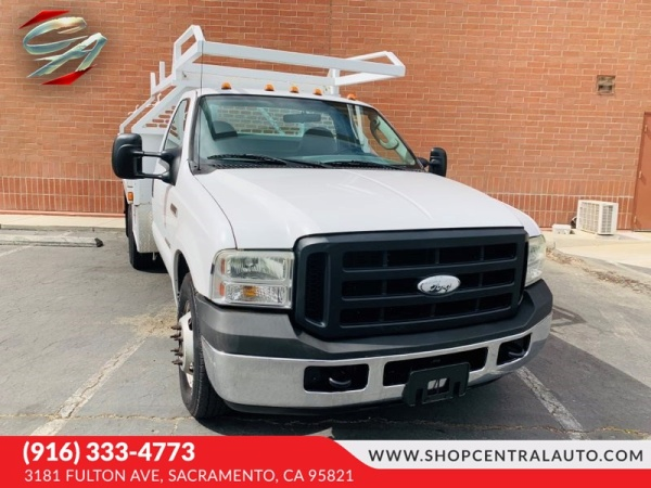 2006 Ford Super Duty F-350 Chassis Cab in Sacremento, CA