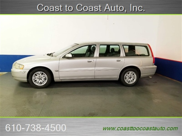 2005 Volvo V70 2 4L Automatic FWD For Sale in West Chester