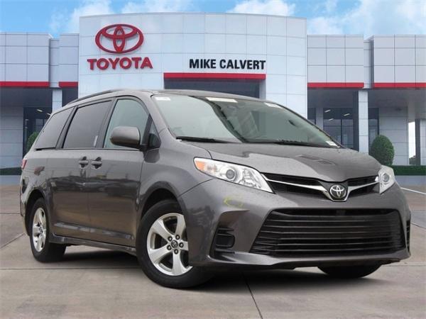 2018 Toyota Sienna in Houston, TX