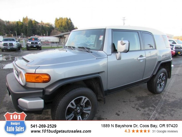 2012 Toyota FJ Cruiser in Coos Bay, OR